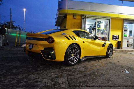 Sieu xe Ferrari F12tdf chay 6000km 'thet gia' 23 ty - Anh 4