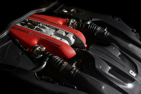 Sieu xe Ferrari F12tdf chay 6000km 'thet gia' 23 ty - Anh 9