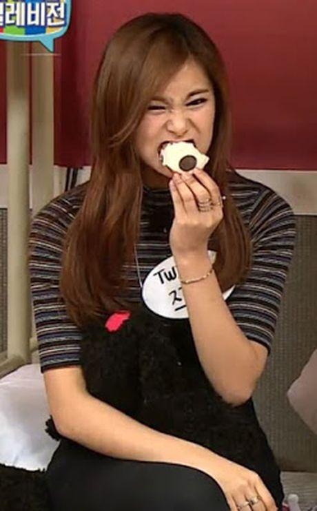 Loat my nhan Han mat xinh nhung dang an kem duyen - Anh 2