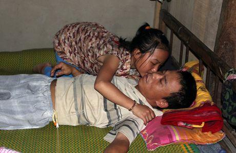 Thuong tam: Cau be lop 7 o Thanh Hoa viet don xin thoi hoc vi nha het gao - Anh 2