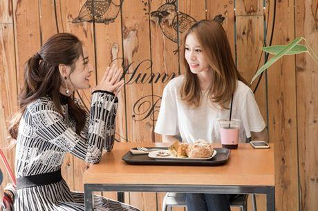 Ji-yeon (T-ara) om ap Chi Pu va muon dong phim tai Viet Nam - Anh 2