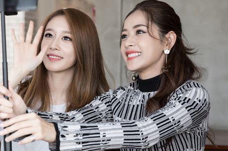 Ji-yeon (T-ara) om ap Chi Pu va muon dong phim tai Viet Nam - Anh 3