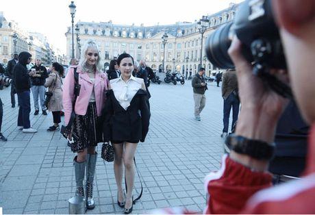 Tram Nguyen bung no trong ngay cuoi Paris Fashion Week - Anh 3