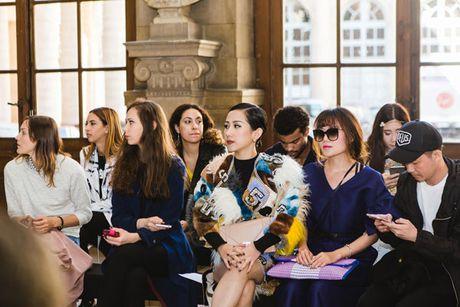 Tram Nguyen bung no trong ngay cuoi Paris Fashion Week - Anh 5