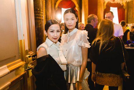Tram Nguyen bung no trong ngay cuoi Paris Fashion Week - Anh 9