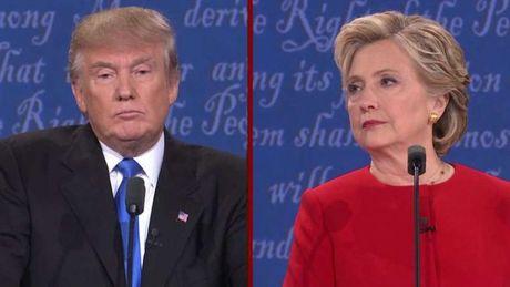 Donald Trump lai vuot len Hilary Clinton - Anh 1