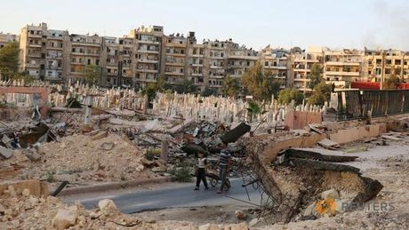 Nga sap phai ngung nem bom thanh pho Aleppo o Syria? - Anh 1