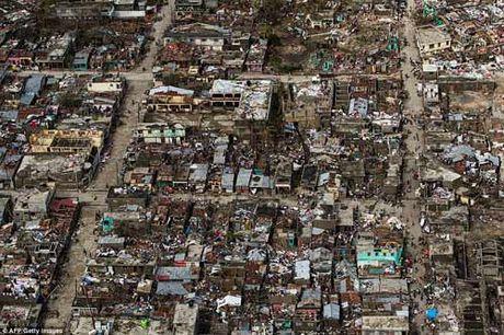 """Tham hoa bao """"mat quy"""" Matthew khien gan 900 nguoi thiet mang o Haiti - Anh 1"""
