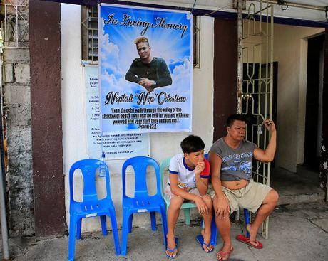 He lo nguoi soan 'ban danh sach dam mau' cua ong Duterte - Anh 2