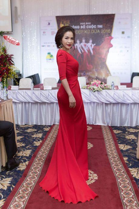 Hoa hau Le Thanh Thuy 'don tim' voi dam da hoi quyen ru - Anh 3