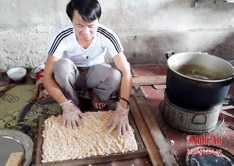 Lam banh com o Dong Thuan- nghe phu thu nhap chinh - Anh 3