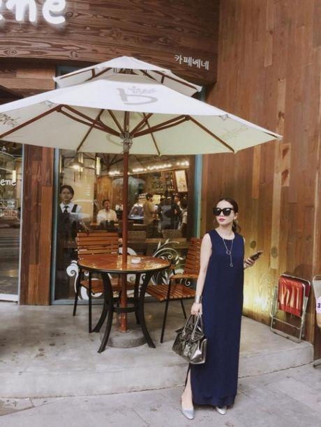 Street style: Sao Viet xung xinh vay ao ngay thu day cuon hut - Anh 3