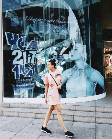 Street style: Sao Viet xung xinh vay ao ngay thu day cuon hut - Anh 8