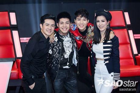 Fan keo bang-ron chuc Noo thanh cong tai 'Asia Song Festival' duoi san khau The Voice Kids - Anh 7