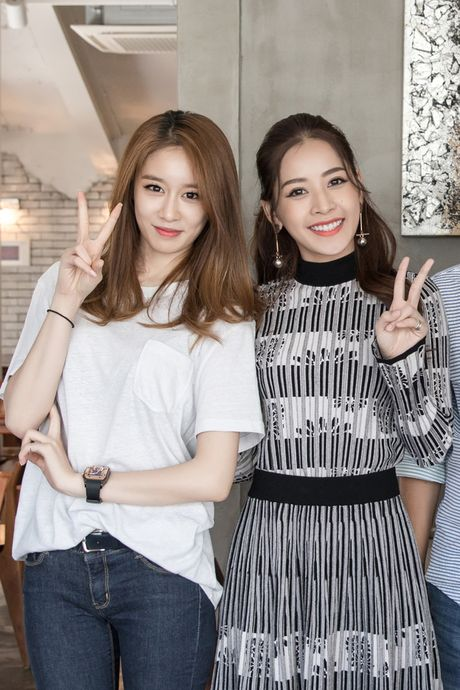 'Kim Tae Hee Viet Nam' Chi Pu than thiet voi 'ban sao Kim Tea Hee' Jiyeon (T-ara) - Anh 2