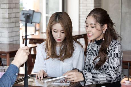 'Kim Tae Hee Viet Nam' Chi Pu than thiet voi 'ban sao Kim Tea Hee' Jiyeon (T-ara) - Anh 7