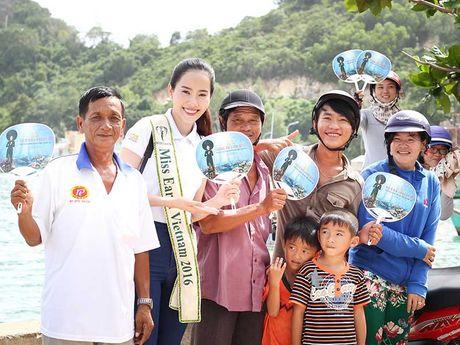 Hoa khoi Nam Em dua dao Nam Du ra the gioi - Anh 1