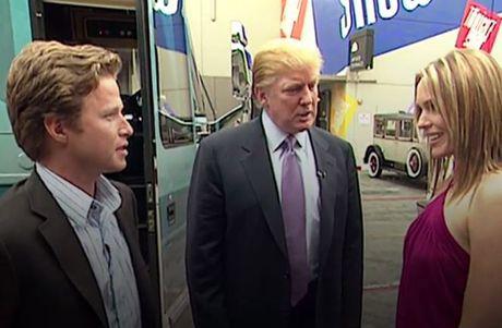 Xuat hien video Trump noi tuc tiu ve 'so soang' phu nu - Anh 1