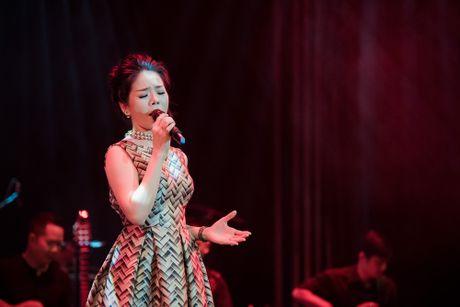 Le Quyen khong dam nhan danh xung 'nu hoang nhac xua' - Anh 2