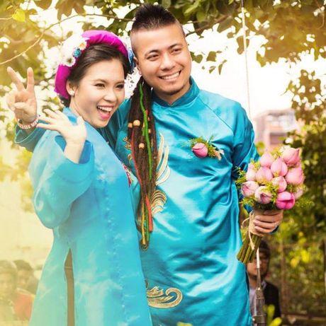 Choang voi cach 'thach cuoi' cua nu dao dien 'trieu view': Di qua du 20 nuoc moi chiu ve chung mot nha - Anh 12