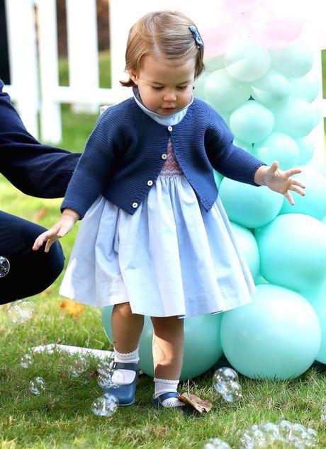 Khong phai cong nuong Kate, day moi chinh la tam diem chu y trong chuyen cong du Canada cua hoang gia Anh - Anh 17