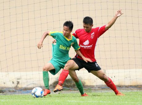 Vong bang giai U21: Long An co chien thang thu 3 lien tiep - Anh 2