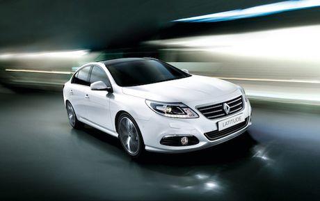 Renault giam gia gan 300 trieu cho sedan hang sang o VN - Anh 1