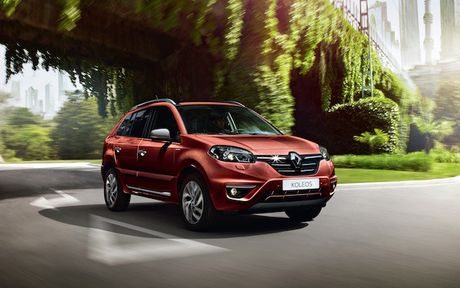 Renault giam gia gan 300 trieu cho sedan hang sang o VN - Anh 2