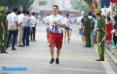 An tuong nhung VDV nuoc ngoai tai chung ket Giai chay Bao Hanoimoi - Anh 8