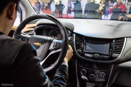 Chevrolet Trax 2017 - Nhua nhin nhu xe 400 trieu, 140 ma luc, gia 769 trieu chua thue - Anh 11