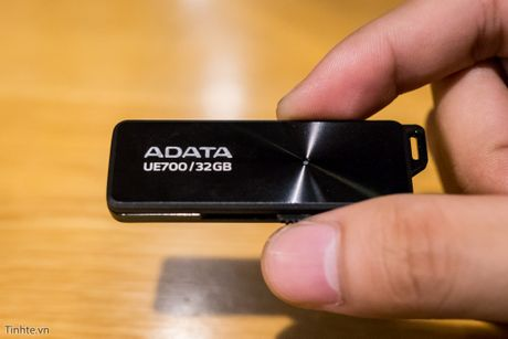 Dua toc do 5 mau USB 3.0 dung luong 32 GB, ai ve nhat? - Anh 9