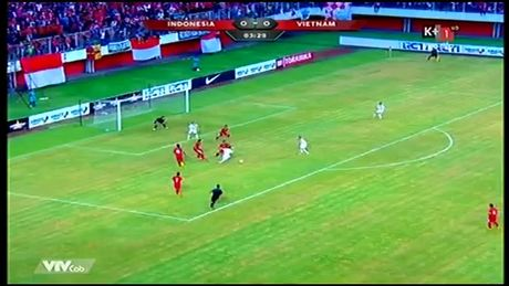 Indonesia - Viet Nam 2-2: Cong lam, thu pha - Anh 1