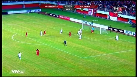 Indonesia - Viet Nam 2-2: Cong lam, thu pha - Anh 4