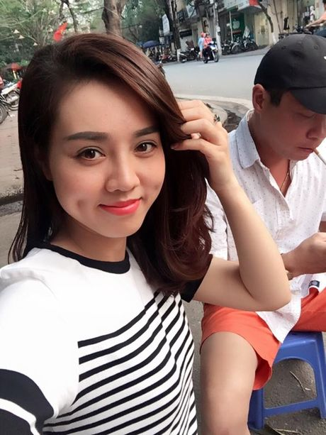 Cong Ly khoe anh tinh cam voi ban gai hotgirl cuc xinh dep - Anh 4