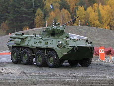 Xe boc thep cho quan BTR-82 Nga tieu diet duoc ca xe tang - Anh 1