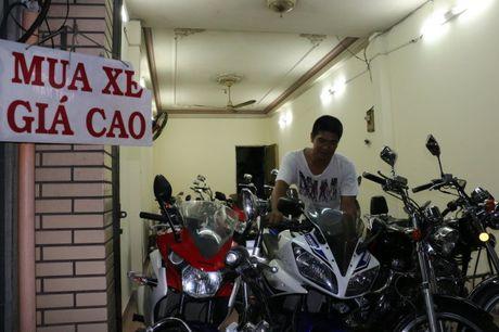 Pho xe may cu nga tu Phu Nhuan - Anh 1