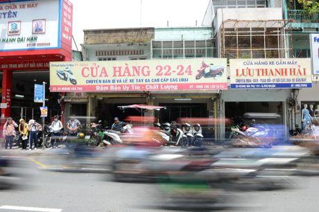 Pho xe may cu nga tu Phu Nhuan - Anh 2