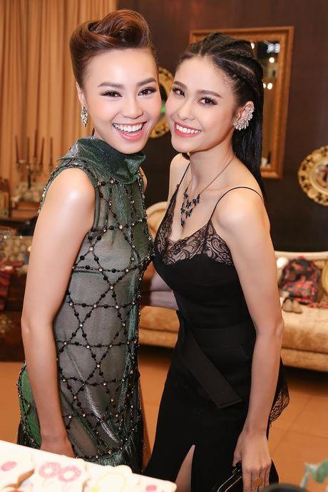 Ninh Duong Lan Ngoc do sac voi Truong Quynh Anh - Anh 4