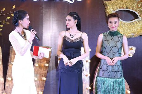 Ninh Duong Lan Ngoc do sac voi Truong Quynh Anh - Anh 6