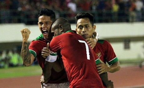 Dan 2 ban, DT Viet Nam van khong the thang Indonesia - Anh 11