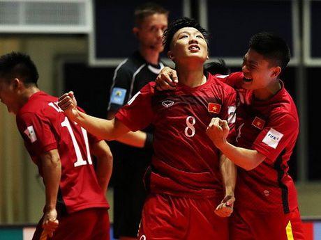 Futsal Viet Nam: Mot the gioi ngoai kia rat rong lon - Anh 3