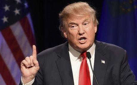 Donald Trump quyet khong tu bo cuoc dua vao Nha Trang - Anh 1