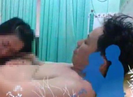 Duoi viec Pho Giam doc lo clip sex: Khuyen binh tam - Anh 1