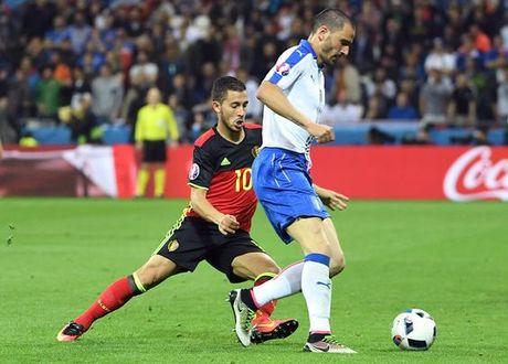 Vi Conte, Chelsea san sang doi Hazard lay trung ve Bonucci - Anh 2