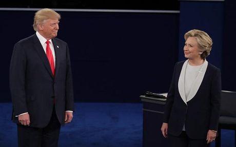 Cuoc tranh luan lan hai giua cap doi Hillary Clinton-Donald Trump - Anh 1