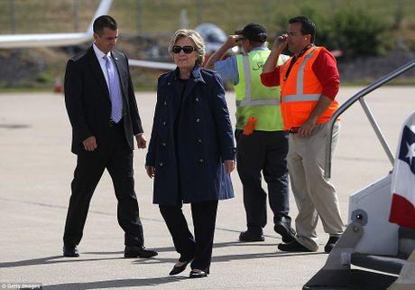 Chum anh ba Clinton, ong Trump truoc cuoc tranh luan lan 2 - Anh 11