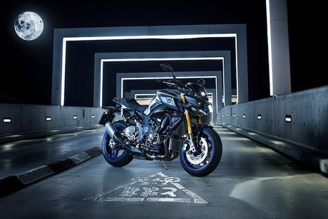 Yamaha MT-10 SP - Ban 'naked bike' cua sieu moto R1M - Anh 1