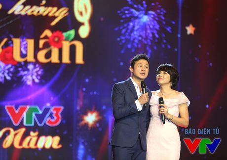 Anh doc cach day hon 10 nam cua bo doi MC Anh Tuan - Diem Quynh - Anh 6