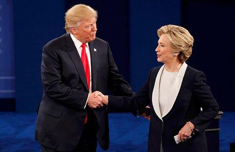 Sau hang loat cong kich, Clinton - Trump duoc yeu cau noi tot ve nhau - Anh 1