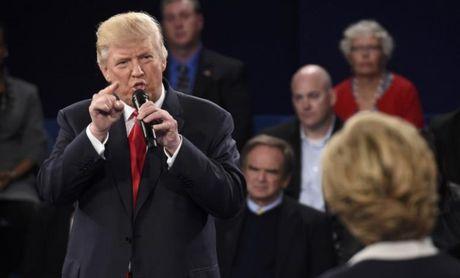 """Ba Clinton hut co hoi """"dut diem"""" ong Trump? - Anh 1"""
